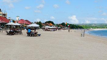 Fischrestaurants am Strand von Jimbaran, Bali