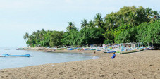 Strand von Lovina in Nordbali