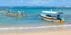 Strand der kleinen Nusa Lembongan
