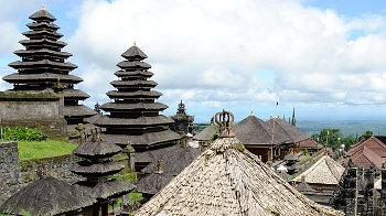 Der Pura Besakih in Balis Osten