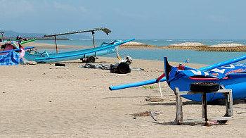Der Strand von Tuban, Südbali