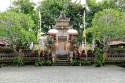 Bühne für den Barong Tanz auf Bali