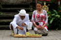 Opfergaben für den Barong Tanz auf Bali