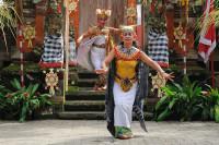 Königin im Barong Tanz auf Bali