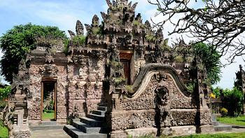 Aling Aling im Pura Beji, Bali