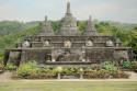 Stupas im Brahma Vihara Ashrama, Bali