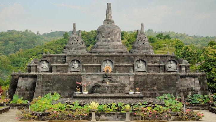 Brahma Vihara Ashrama, Bali