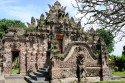Eingangstor des Pura Beji nähe Singaraja, Bali