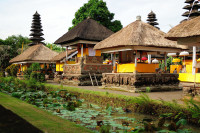Innenhof des Pura Taman Ayun in Mengwi, Bali