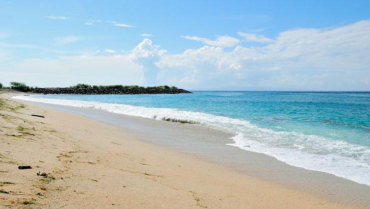 Strand der Nusa Ceningan, Bali