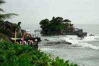 Tempel in der Brandung Tanah Lot, Bali