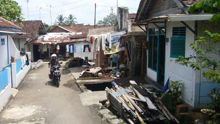 Straße in Banyumas, Java, Indonesien