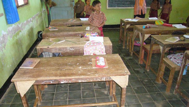 Kinderzimmer in Banyumas auf Java, Indonesien